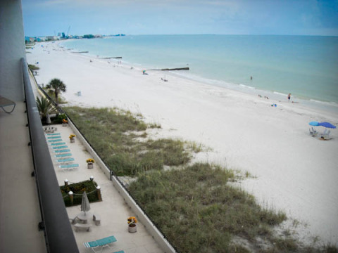 **KIMA BEACHFRONT CONDO - Rent from Owner &  SAVE! - Vacation Rental in Madeira Beach