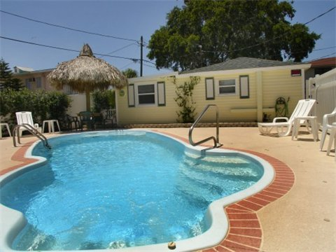The Cottages At Madeira Beach   Pet Friendly - Vacation Rental in Madeira Beach