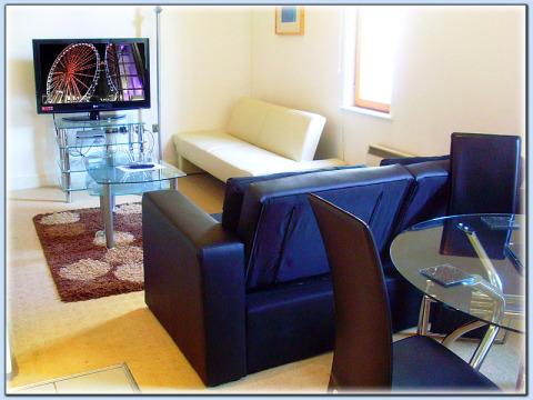 My-Places City Centre Serviced Apartment - Vacation Rental in Manchester