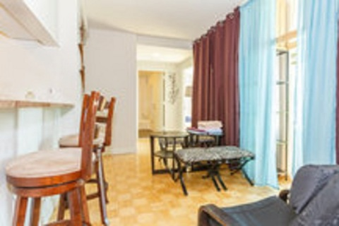 #MidtownLUXURY 3BED & 2BATH IN TIMES SQUARE
