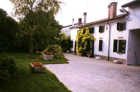 Bed and Breakfast ' Al Mincio' - Bed and Breakfast in Mantova