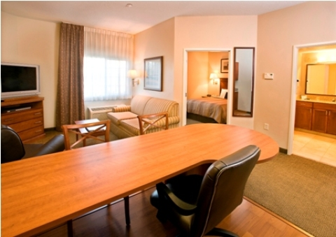 Candlewood Suites - Hotel in Meridian