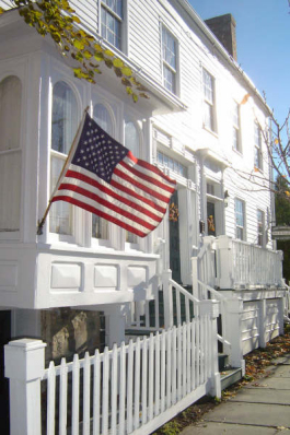 Academy House Inn & Spa - Bed and Breakfast in Montgomery