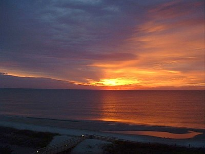 Romantic Oceanfront Getaway-Unit 509 Renaissance T - Vacation Rental in Myrtle Beach