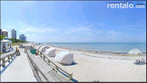 Single Family Home - Vacation Rental in Naples