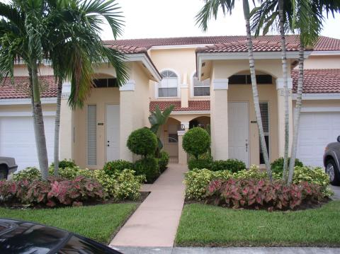 Naples Coach Home in Fabulous Community - Vacation Rental in Naples