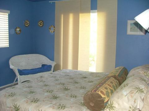 Blue Bungalow - Vacation Rental in Naples