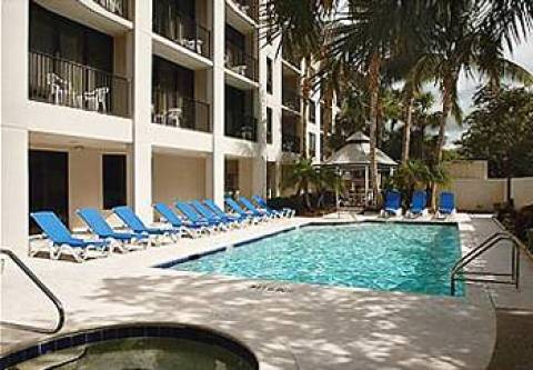 Courtyard by Marriott - Naples
