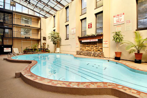 Ramada Downtown Nashville