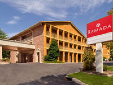 RAMADA INN OPRY SUITES AIRPORT