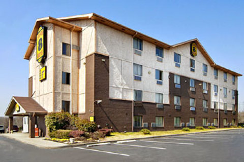 Super 8 Nashville - Downtown / Opryland Area