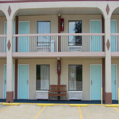 RED CARPET INN NATCHEZ