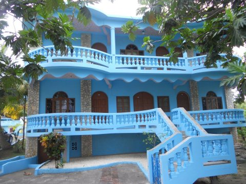 Cotton Tree Hotel - Hotel in Negril