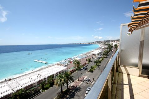 Apartment at few seconds away from the beach Prome - Vacation Rental in Nice