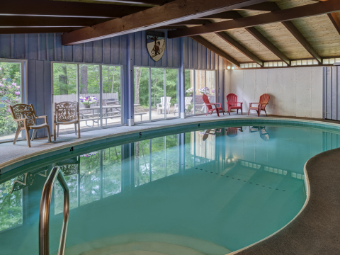 Indoor Pool / Ten Bedrooms!  Vacation Home Rental - Vacation Rental in North Conway