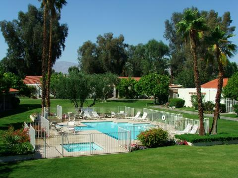 Luxury Desert Condo at the Bermuda Dunes CC Golf C - Vacation Rental in Palm Desert
