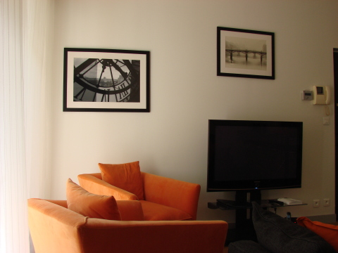 Large LCD screen to watch your favorite shows - Paris Vacation Apartments