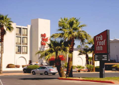 Red Roof Inn Phoenix - Camelback