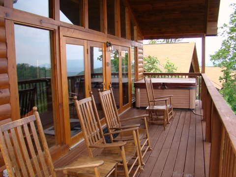 4bed/3bath cabin Sept $150/nt - Oct $170/nt  - Vacation Rental in Pigeon Forge