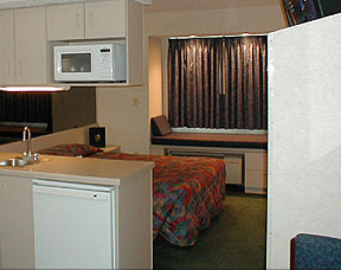 Microtel Inn & Suites Pittsburgh (Airport)