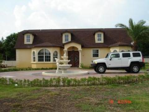 Mary & Raul Vacations Home - Vacation Rental in Plant City