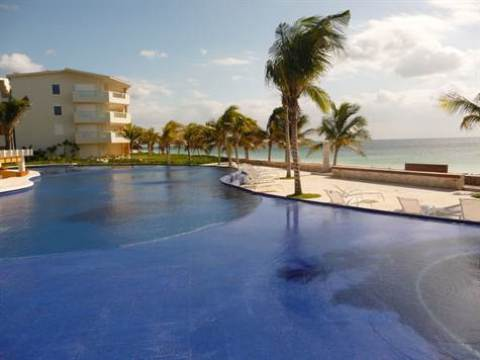 Beautiful Oceanfront 3 Bedroom Condo - Vacation Rental in Puerto Morelos