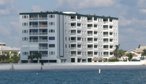 BEACH FR0NT LUXURY CONDO OVERLOOKING OCEAN - Vacation Rental in Redington Shores