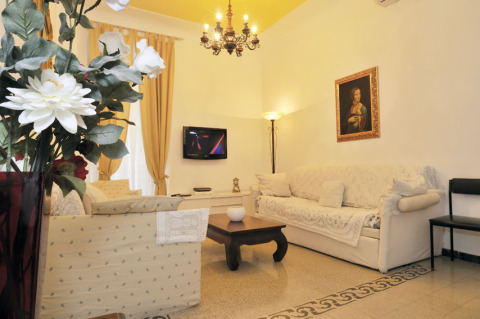 Living room - Rome Vacation Apartments