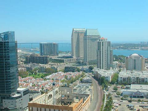 Spectacular Downtown Condo with Panoramic Views! - Vacation Rental in San Diego