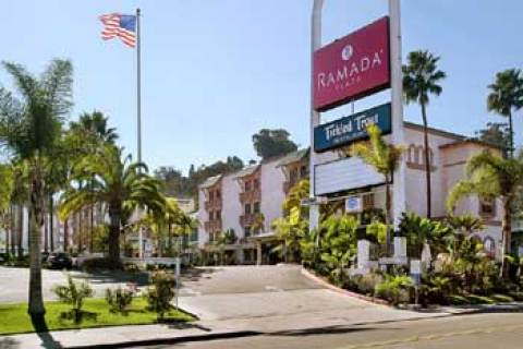 Ramada Plaza Hotel Circle South