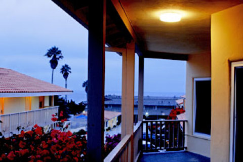 Pacific Shores Inn on Pacific Beach