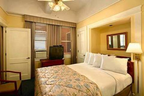 Ramada Gaslamp Convention Center-The Historic St J