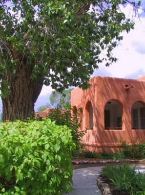 Big Home Downtown-Stroll to Plaza. Groups! Hot Tub - Vacation Rental in Santa Fe