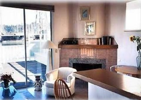Comfortable and luxurious inside - Sausalito Vacation Rental