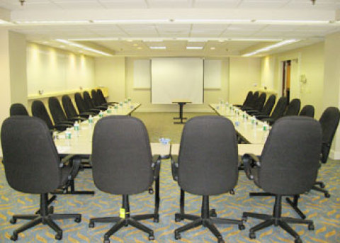 Doubletree Hotel & Executive Meeting Center
