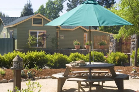 Les Petites Maisons - Four Wine Country Cottages - Vacation Rental in Sonoma