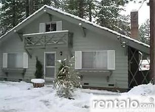 Capt. Scotty's Tahoe Chalet - Vacation Rental in South Lake Tahoe
