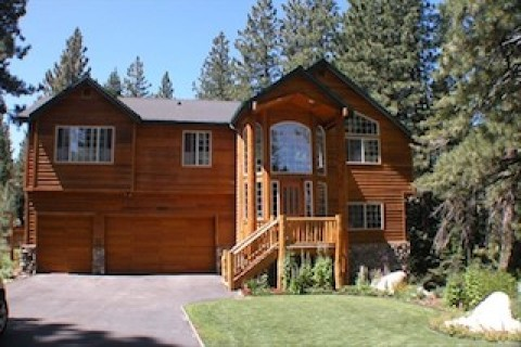 Black Bear Lodge - Vacation Rental in South Lake Tahoe