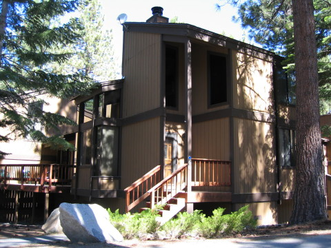 Property #1: 1600 sq ft Townhouse - South Lake Tahoe Vacation Homes