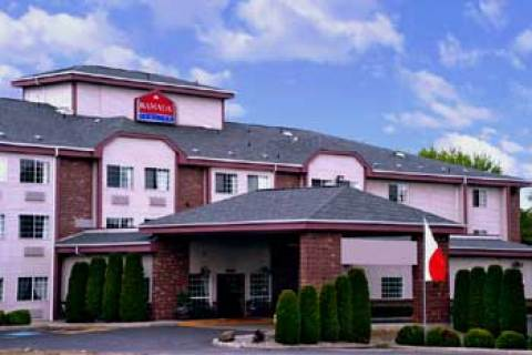 Ramada Inn And Suites North