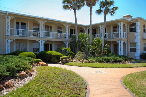 Camelot by the Sea  - Vacation Rental in St Pete Beach