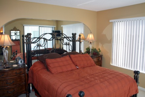 Bedroom - St Pete Beach Vacation Condos