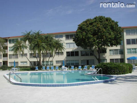 St. Pete Beach/Boca Ciega Bay Condo - Vacation Rental in St Pete Beach