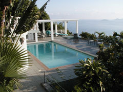 The Harmony Crest Cottage - Vacation Rental in St Thomas