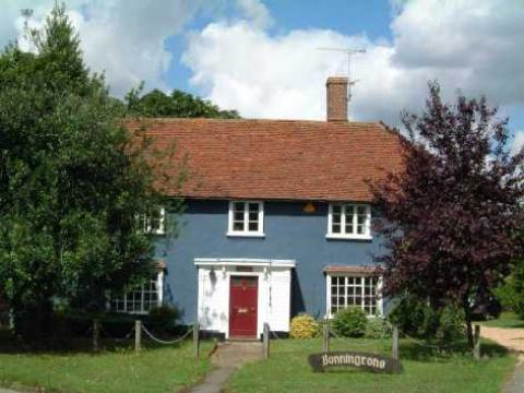 Bonningtons Guest House - Bed and Breakfast in Stansted