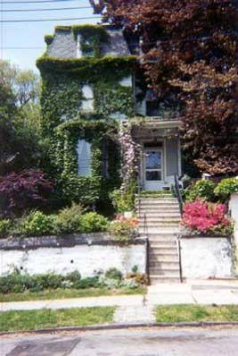 VICTORIAN VILLA,  New York > Staten Island - Vacation Rental in Staten Island