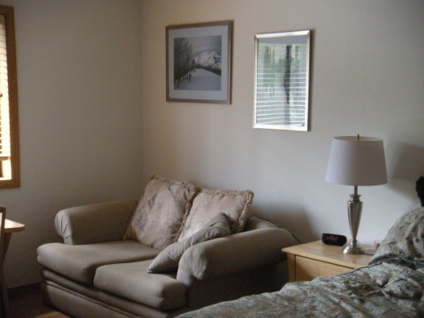 Seating Area in Master Bedroom - Sunriver Vacation Homes