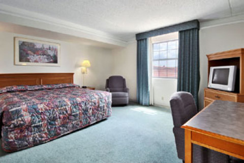 Days Inn Tampa-Port of Tampa-Ybor City