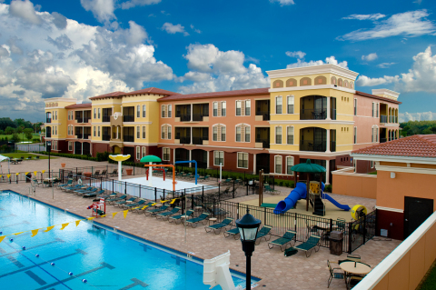 Emerald Greens Condo Resort - Vacation Rental in Tampa