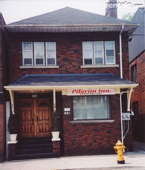 Pilgrim Inn Bed and Breakfast - Bed and Breakfast in Toronto
